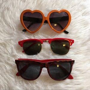 Accessories - Lot of 3 novelty fun summer plastic sunglasses